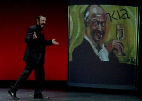 Escena de El banquero anarquista, Teatro Margen (2013) sobre texto de J. Maqua